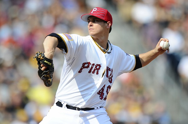 Locke dominant as Pirates blank Indians 1-0