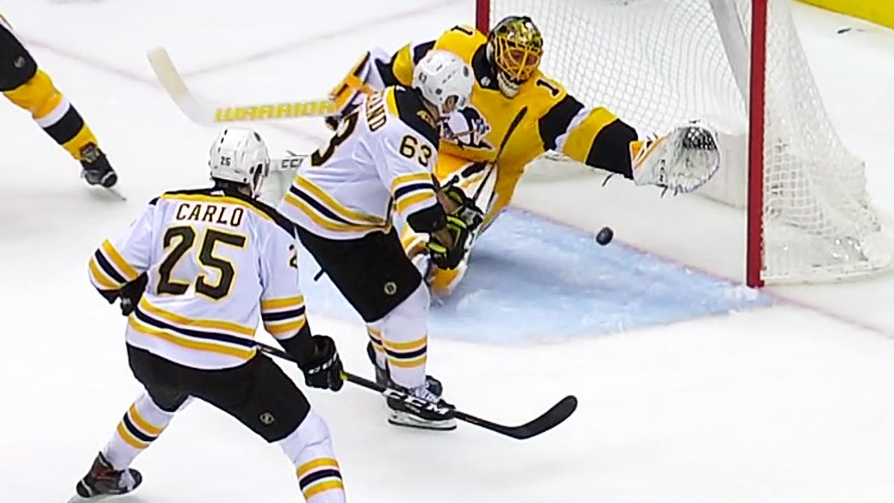 DeSmith leads Pens to 5-3 win over Bruins