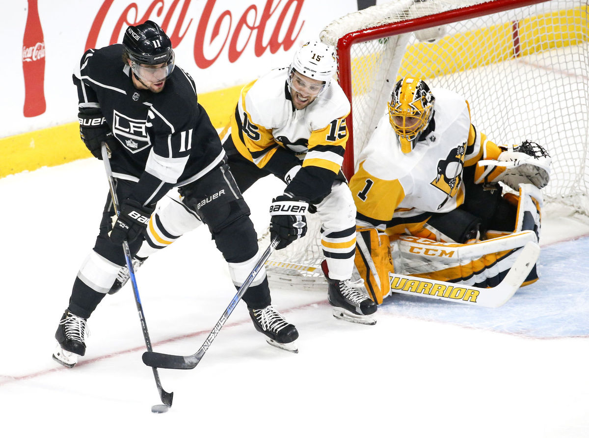 Hornqvist scores twice in Penguins 3-1 win over Kings