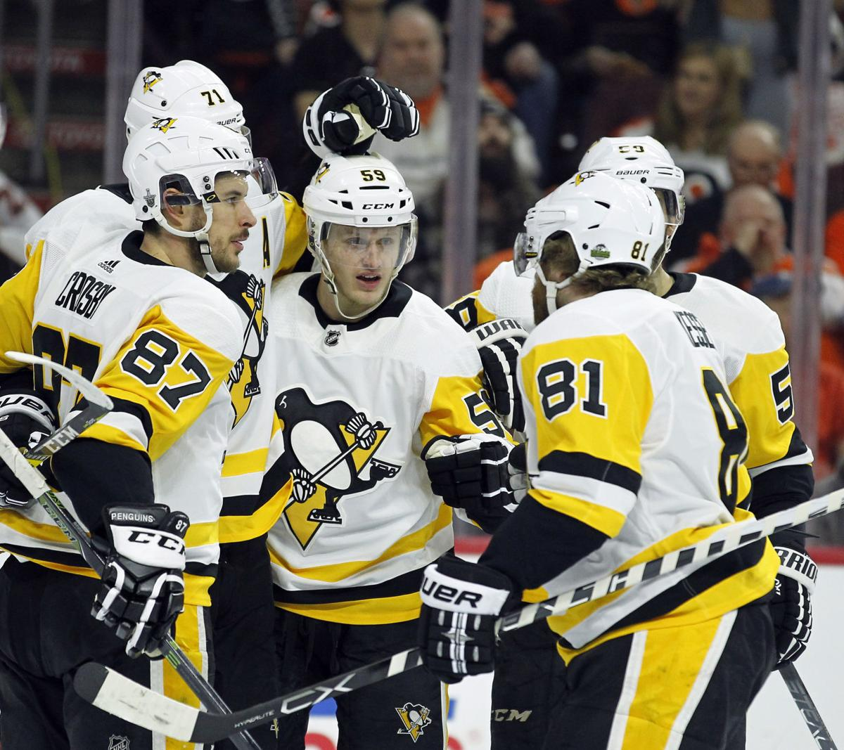 Guentzel's four goals leads Pens over Flyers in series clincher