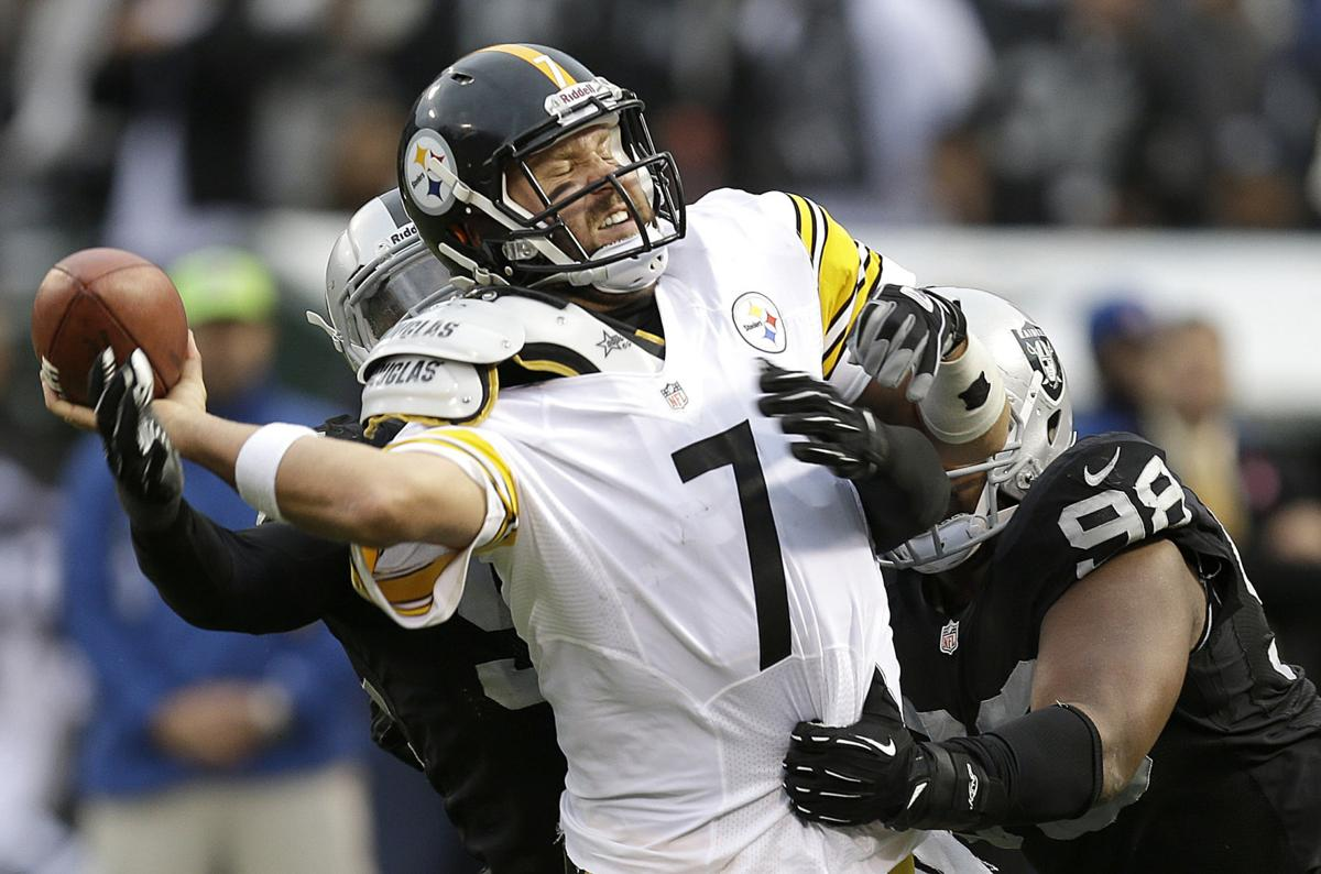 Carr's late TD pass leads Oakland over Steelers 24-21