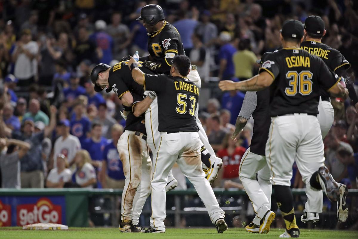 Dickerson walks off Cubs in thrilling 6-5 finish