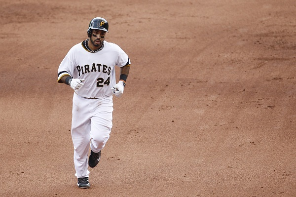 Pirates complete sweep of Brewers with 5-2 win