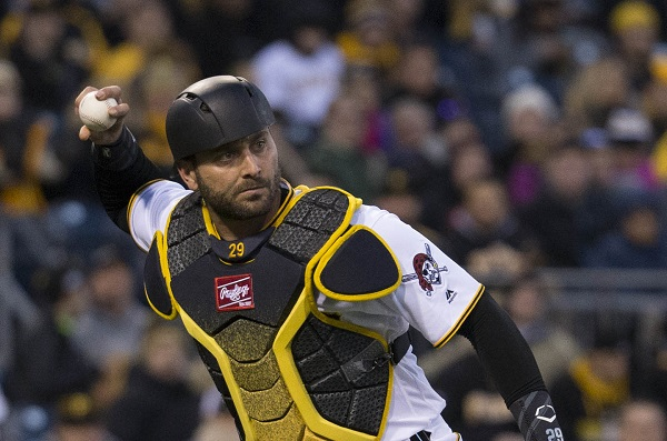 Cervelli finds a home in Pittsburgh