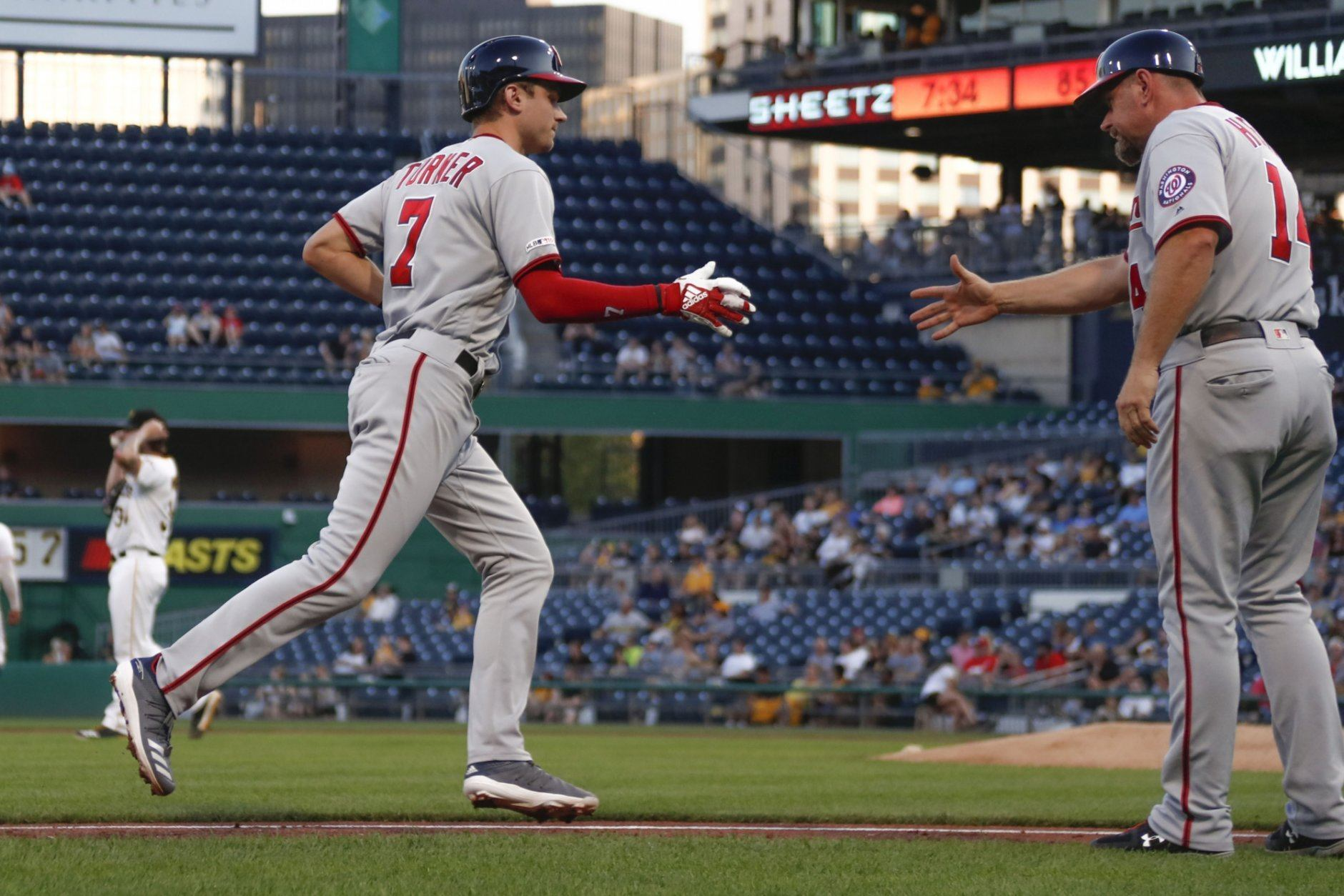 Nationals rattle off four home runs, thrash Pirates 13-0