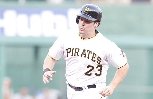 Snider's pinch-hit grand slam leads Pirates to 5-4 victory over Cubs