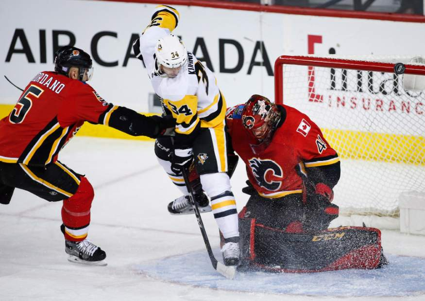 Pens control Ottawa in 3-1 road victory