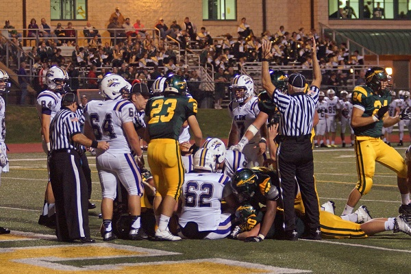 Penn Trafford stays undefeated with 17-10 win over Plum